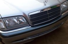 Tokunbo Mercedes-Benz C200 2001 Silver for sale