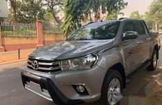 Toyota Hilux 2018 Gray for sale