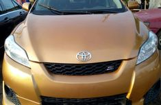Toyota Matrix 2012 Gold for sale