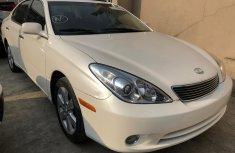 Fine white 2005 Lexus es330 for sale