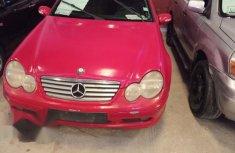 Mercedes-Benz C180 2002 Red