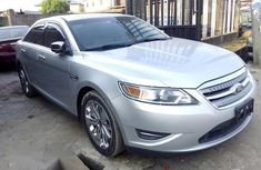 Used Ford Taurus 2011 Silver for sale