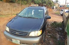 Used Toyota Sienna 2002 Blue for sale