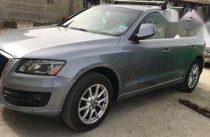 Audi Q5 2010 Gray for sale