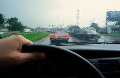 Simple safety tips for all seasons driving in Nigeria