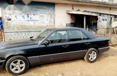 Clean Used Mercedes-Benz 230E 1994 Black for sale