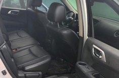 Nissan Pathfinder 2014 Gold for sale