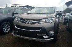 Toyota RAV4 2015 Gray for sale