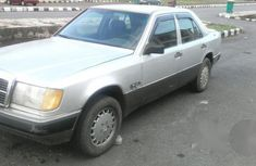 Mercedes-Benz 230E 1992 Silver for sale