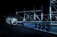 [Stunt of the year] Laser-equipped 2019 BMW M2 Competition pops 79 balloons in just 60 seconds