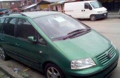 Sharp Volkswagen sharan green 2000