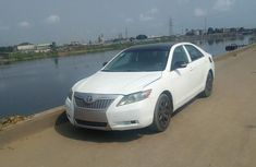 Toyota Camry 2005 White for sale