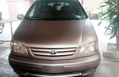 2003 Toyota Sienna Gold for sale