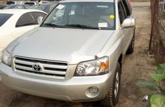 2006 Toyota Highlander Silver for sale in Lagos