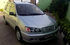 Very sharp Toyota picnic 2003 for sale