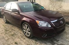Almost brand new Toyota Avalon 2008 Red for sale