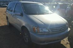 Clean toks Toyota Sienna 2001 Silver for sale