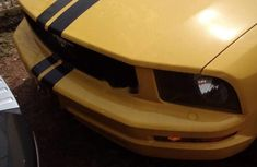 Ford Mustang 2006 Yellow for sale