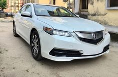 Almost brand new Acura TSX Petrol 2015 White for sale