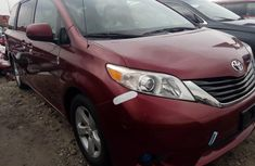 2012 Toyota Sienna Red for sale