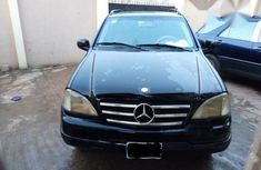 Mercedes Benz Ml320 2003 Black For Sale.