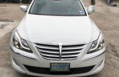 Hyundai Genesis 2013 White for sale