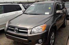Toyota RAV4 2010 Brown for sale