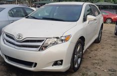 Toyota Venza 2012 White for sale