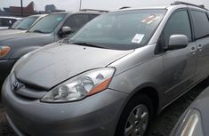 Toyota Sienna 2006 Silver for sale