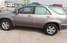 Almost brand new Lexus RX 2001 Grey for sale