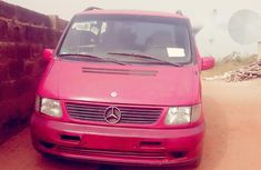 Mercedez Benz Vito 2000 Red for sale