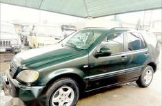 Mercedes-Benz Ml320 2000 Green for sale