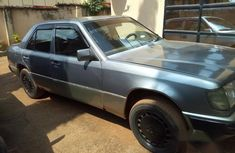 Mercedes-Benz 230E 1992 Gray for sale