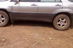 Neat Toyota Lexus 300 2002 Silver For Urgent Buy
