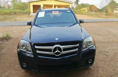 Clean Used Mercedes-Benz GLK 350 2010 Blue for sale