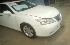 Lexus ES 2012 White for sale