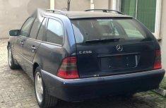 Mercedes-Benz C200 2002 Blue for sale