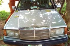 Clean Mercedes-Benz 190E 1992 Silver for sale