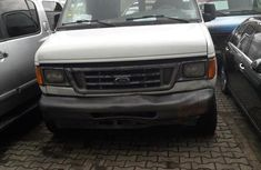 Ford E-250 2005 White for sale