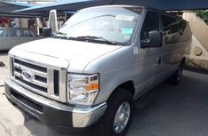 Ford Econoline 2008 Gray for sale
