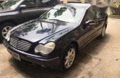 Mercedes-Benz C240 2004 Blue for sales