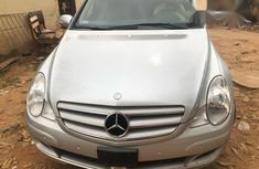 Mercedes Benz R350 Wagon 2008 Silver for sale