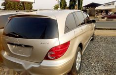 Mercedes-Benz R350 2007 Gold for sale