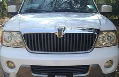 Neat Lincoln Navigator 2004 White for sale