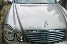 Very Cheap Foreign Used Mercedes-Benz E320 2007 Gold For Sell