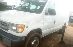 Ford Triton V8 2006 White for sale