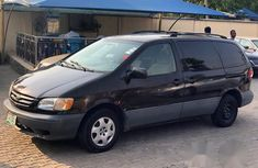 Toyota Sienna 2002 Brown for sale