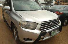 Toyota Highlander Limited 4x4 2009 Silver for sale