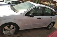 Ford Focus 2005 2.0 Automatic White for sale