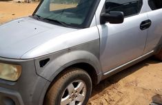 Clean Honda Element 2004 Gray For Sale
